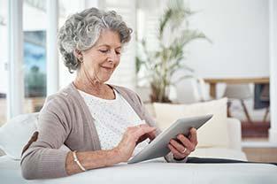La téléassistance Noé, une aide pour le maintien à domicile des personnes âgées