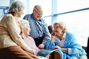 L'importance des relations humaines quand on est âgé