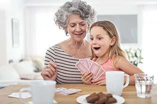 Les grands-parents et les petits-enfants : une relation précieuse