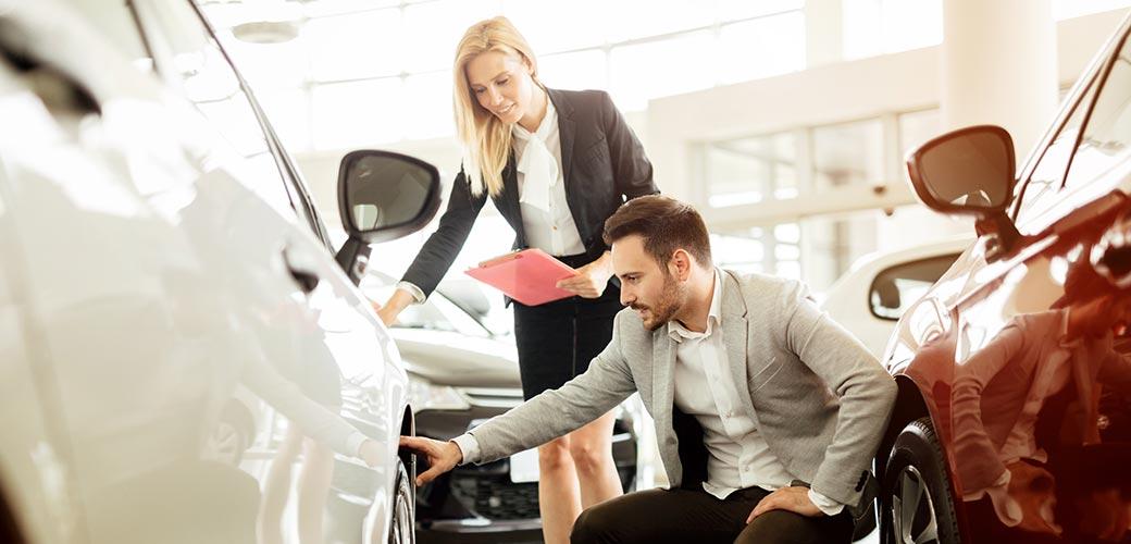 5 conseils pour bien négocier le prix de votre voiture neuve