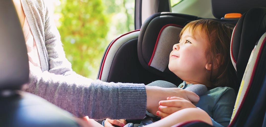 Siège auto bébé et règlementation