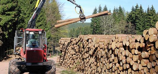 Prévenir les risques d'incendie des engins forestiers